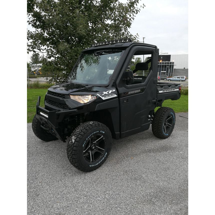TRAKTORI POLARIS RANGER XP 1000 EPS 60km